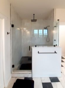 Glass shower with matte black finish (Oregon, WI)