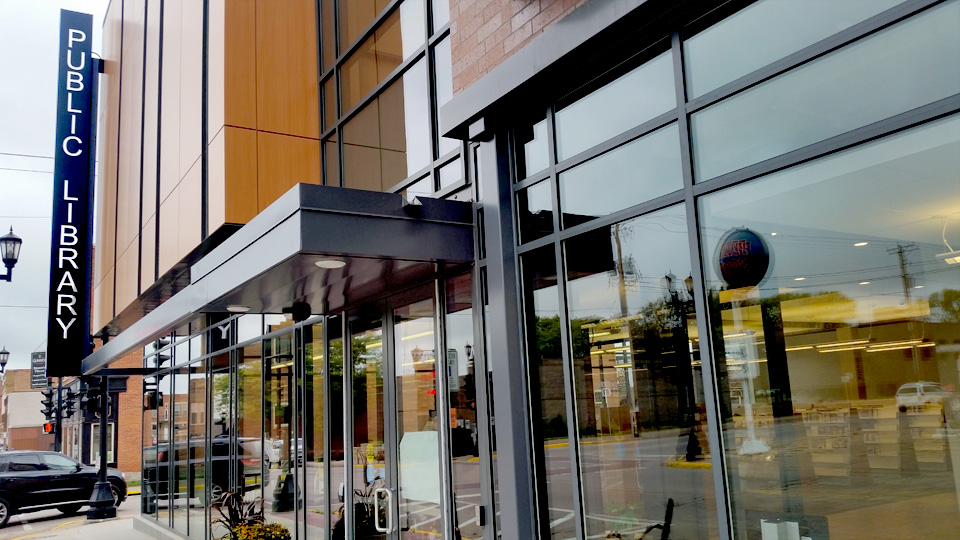 Fabricated commercial glass entryway for Platteville library