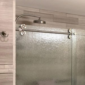 Pipeline shower door