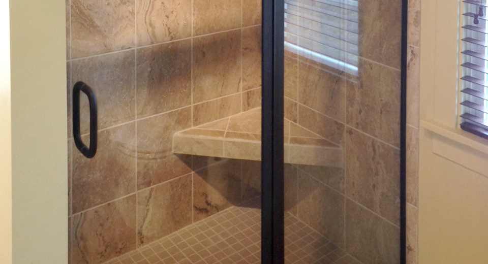 Semi-Frameless Shower, Monona
