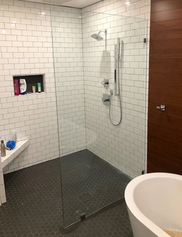 Doorless Shower