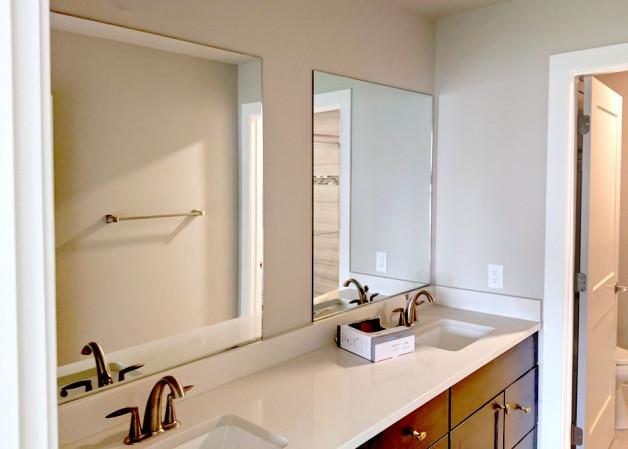 New frameless mirrors