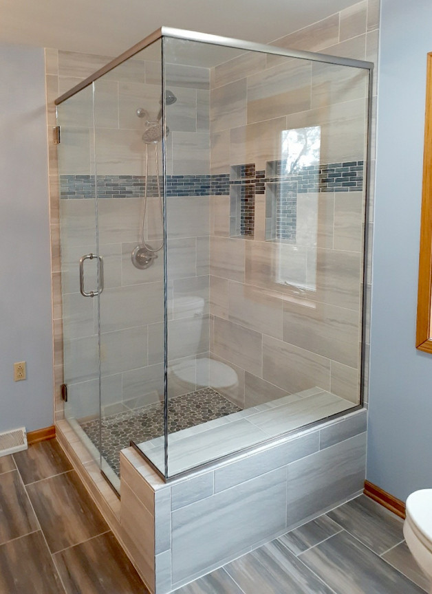shower enclosure customized around bench seat