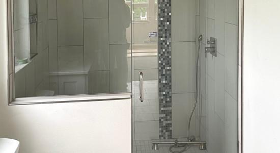 Shower door and pony wall
