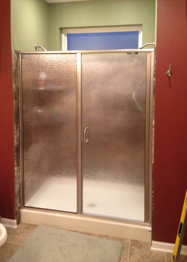 Residential glass shower doors Oregon, Wisconsin